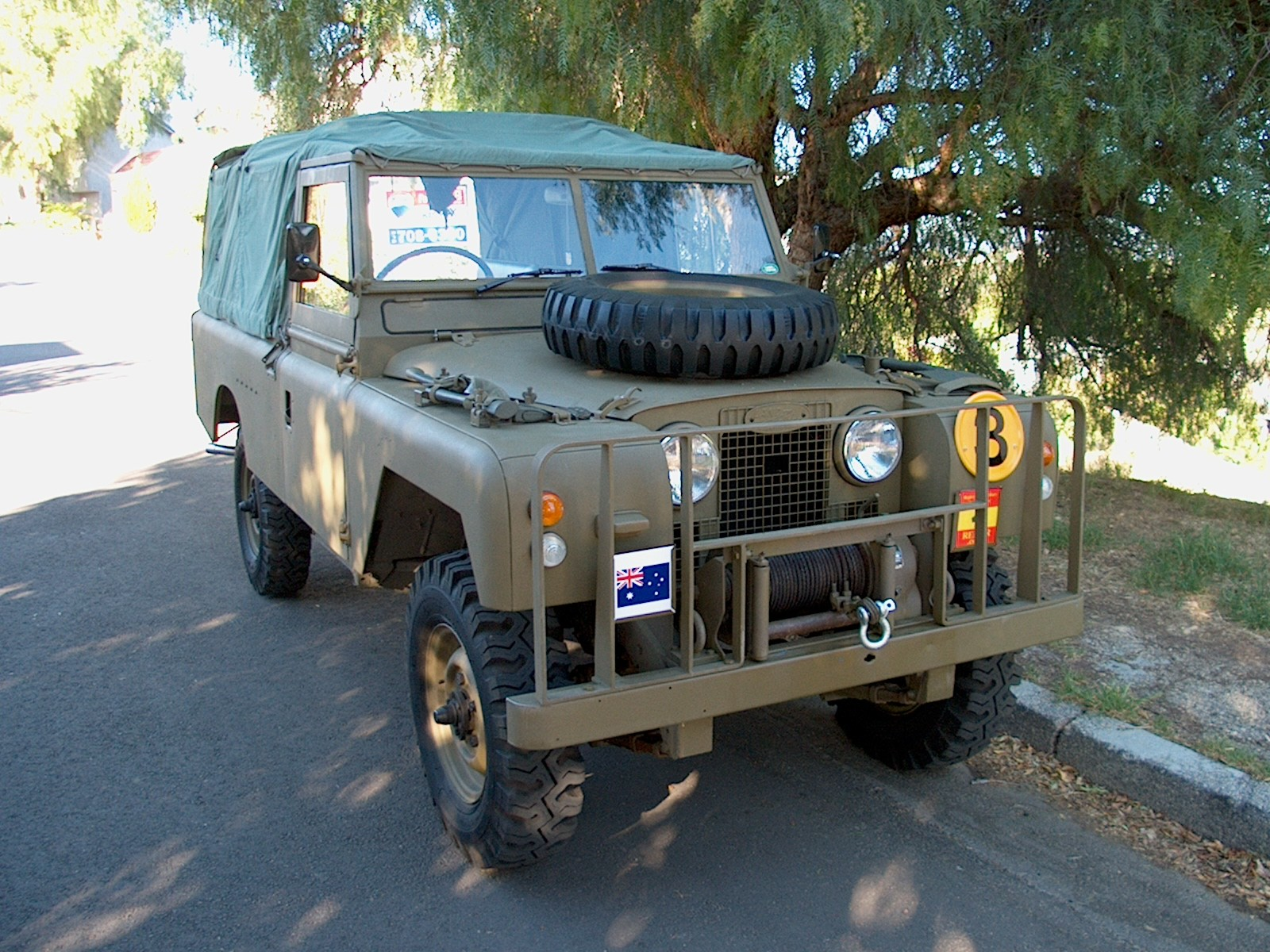 this has is rover brush guard view sized landrover to image resized source the bar click oem land fitment discovery been original forum full defender issue